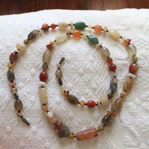 Jewelry - Vintage semiprecious stone necklace
